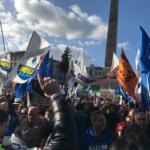 La lega si stringe attorno a Salvini, 80.000 in piazza del Popolo da tutta Italia
