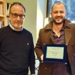 """""""Dalla parte opposta"""" di Valerio Vigliaturo vince il Premio Carver 2018"""