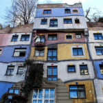 Vienna: Hundertwasser House, l'edilizia popolare come opera d'arte