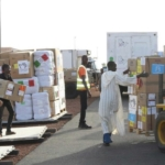 Niger, la difesa italiana consegna medicinali e attrezzatura sanitaria