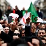 Algeria, proteste contro il quinto mandato: quasi un migliaio di avvocati in piazza