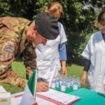 KFOR, soldati italiani distribuiscono farmaci agli ospedali locali
