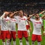 I venti di guerra che soffiano dalla Turchia arrivano a Parigi