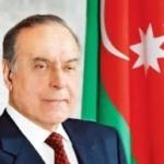 Heydar Aliyev nel ricordo del popolo dell'Azerbaigian, a 16 anni dalla sua scomparsa