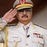 """Haftar si autoproclama leader della Libia: """"Sono alla guida del Paese"""""""