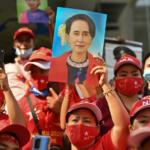 Il Myanmar ricade in una dittatura militare dopo cinque anni di tentativi verso la democrazia